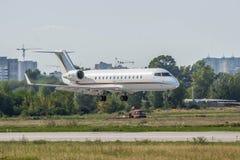 Utmanare 850 för Bombardier CL-600-2B19 Royaltyfria Foton