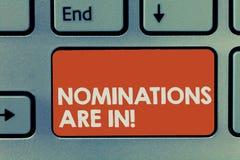 Utnämningar för textteckenvisning är in Begreppsmässigt foto som väljer formellt någon officiell kandidat för en utmärkelse arkivfoto