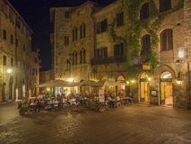 Utomhus- äta middag i Tuscany Arkivbild