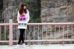 utomhus- asiatisk flicka Arkivfoto