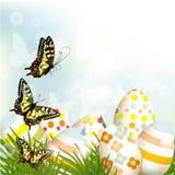 Utomhus- bakgrund för påsk med klart utrymme, ägg och gräsplangras vektor illustrationer