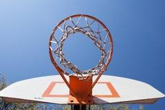 utomhus- basketbeslag royaltyfri bild