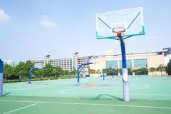 utomhus- basketdomstol Royaltyfri Bild