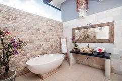 Utomhus- Bathup Royaltyfri Bild