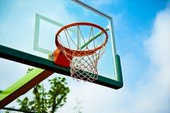 Utomhus- domstol för basket arkivfoto