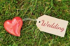 Utomhus- hälsningkort - bröllop Fotografering för Bildbyråer