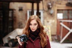 Utomhus- härlig fotograf Royaltyfria Bilder