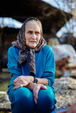 Utomhus- hög kvinna Fotografering för Bildbyråer