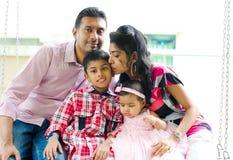 Utomhus- indisk familj Royaltyfria Bilder