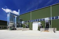 Utomhus- industribyggnad arkivfoton