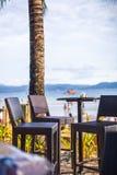 Utomhus- kafé på stranden Arkivbilder