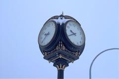 Utomhus- klocka Arkivfoton