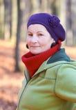 utomhus- kvinna för yo 50 Arkivfoto
