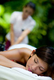 Utomhus- massage royaltyfri foto