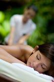 Utomhus- massage arkivfoto