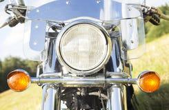 Utomhus- motorcykelbillyktanärbild Royaltyfri Fotografi
