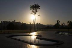Utomhus- panorama- scenisk guld- natur för soluppgånghimmelsolljus arkivfoton