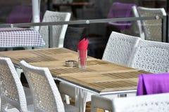 utomhus- restaurang Arkivfoto