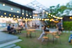 utomhus- restaurang för abstrakt suddighet Royaltyfri Fotografi