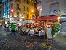 Utomhus- restaurang och stång Royaltyfria Foton