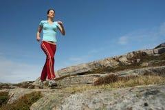 utomhus- running sportive för flicka Royaltyfri Fotografi