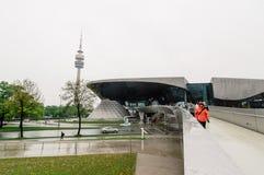 Utomhus- sikt av BMW bården i Munich Royaltyfria Foton