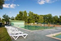 Utomhus- simbassäng Fotografering för Bildbyråer