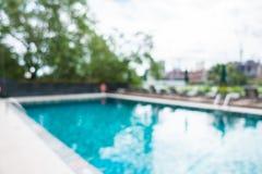 Utomhus- simbassäng för abstrakt suddighet Arkivfoton
