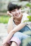 utomhus- sommar för asia flicka Arkivfoton