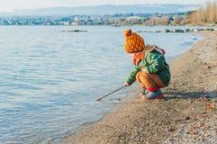 Utomhus- stående av en gullig pys Fotografering för Bildbyråer