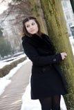 utomhus- stående för brunett Royaltyfria Foton