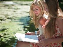 utomhus study Fotografering för Bildbyråer