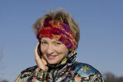 utomhus- talar kvinnabarn Fotografering för Bildbyråer