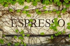 utomhus- tecken för expresso Royaltyfria Foton