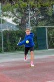 Utomhus- tennisskola Arkivfoton