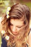 Utomhus- ung kvinna Royaltyfria Bilder