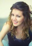 Utomhus- ung kvinna Royaltyfria Foton