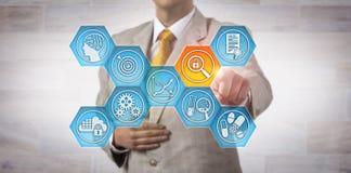 UtredareFinds Data Integrity risk i labbet App Arkivfoton
