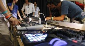 Utrustning 011 för elektronisk musik Royaltyfri Bild