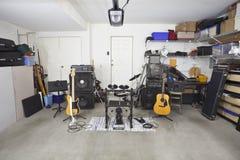 Utrustning för garagebandmusik Arkivbild