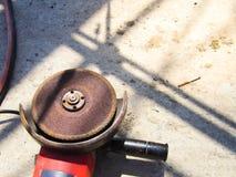 Utrustning för konstruktion, elektriska malande hjul arkivbilder