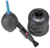 Utrustning för rengörande digital kamera för lins på vit Royaltyfri Fotografi