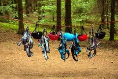 Utrustning för vagga-klättring Arkivfoton