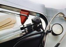 utrustningexamenläkarundersökning Fotografering för Bildbyråer