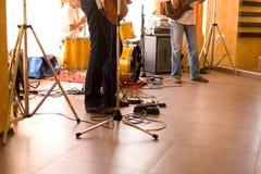 utrustningmusiker för 2 band Fotografering för Bildbyråer