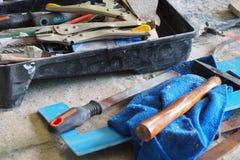 Utrustningtekniker och hjälpmedel för arbeten Royaltyfri Foto