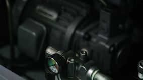 Utrustningtermometer arkivfilmer