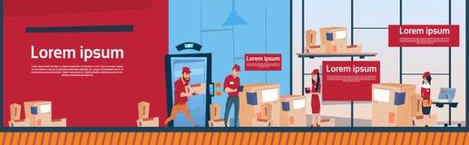 Utrymme för kopia för baner för lager för kurirMan And Woman Carry Boxes Delivery Package Post service inre vektor illustrationer