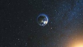Utrymmesikt på den planetjord och solen i universum Royaltyfri Foto