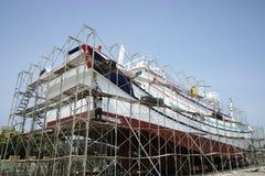 Utrzymanie łódź rybacka obrazy royalty free